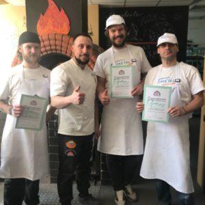 Выпускники школы пиццайоло