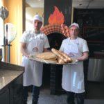 Учим готовить хлеб в дровяной печи