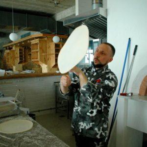 Мастер-класс по пицца-акробатике