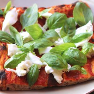 Римская пицца Маргарита