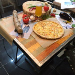 Шеф-повар по пицце и наш тренер работает на выезде