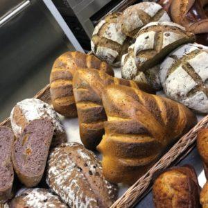 Хлеб с малиновым пюре