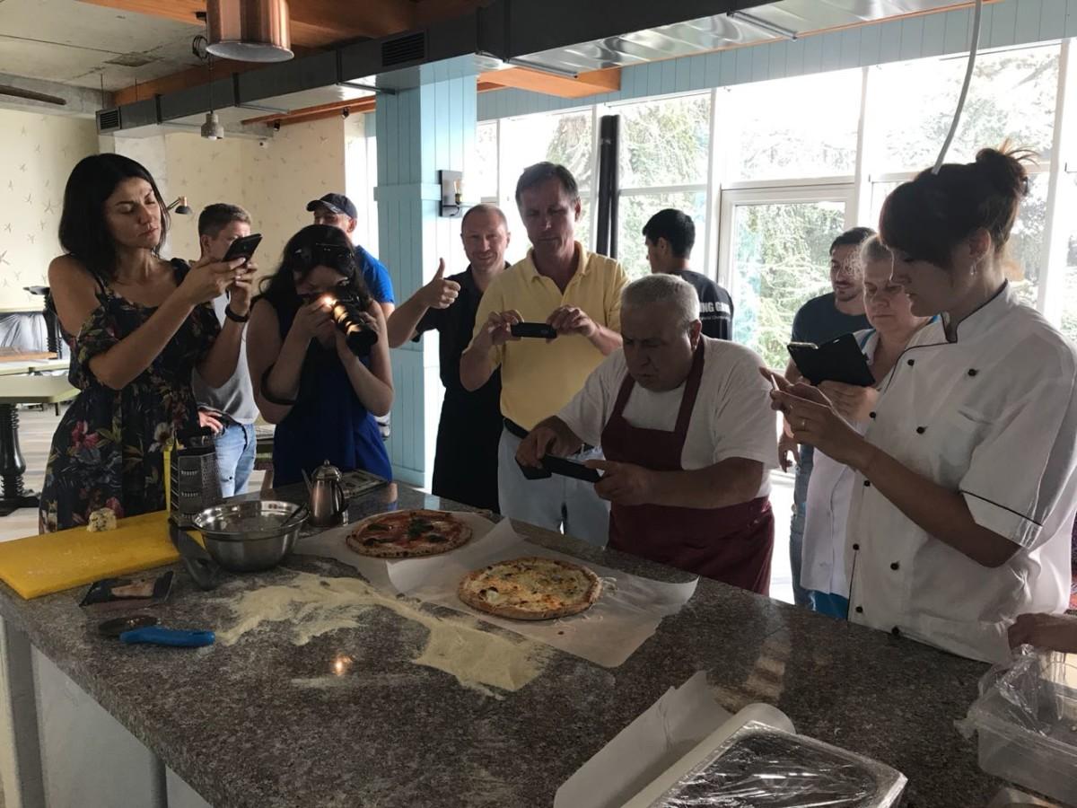 Обучение пиццайоло на выезде в заведение заказчика