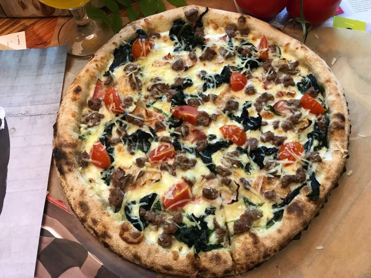 Пицца обучающимися на пиццайоло