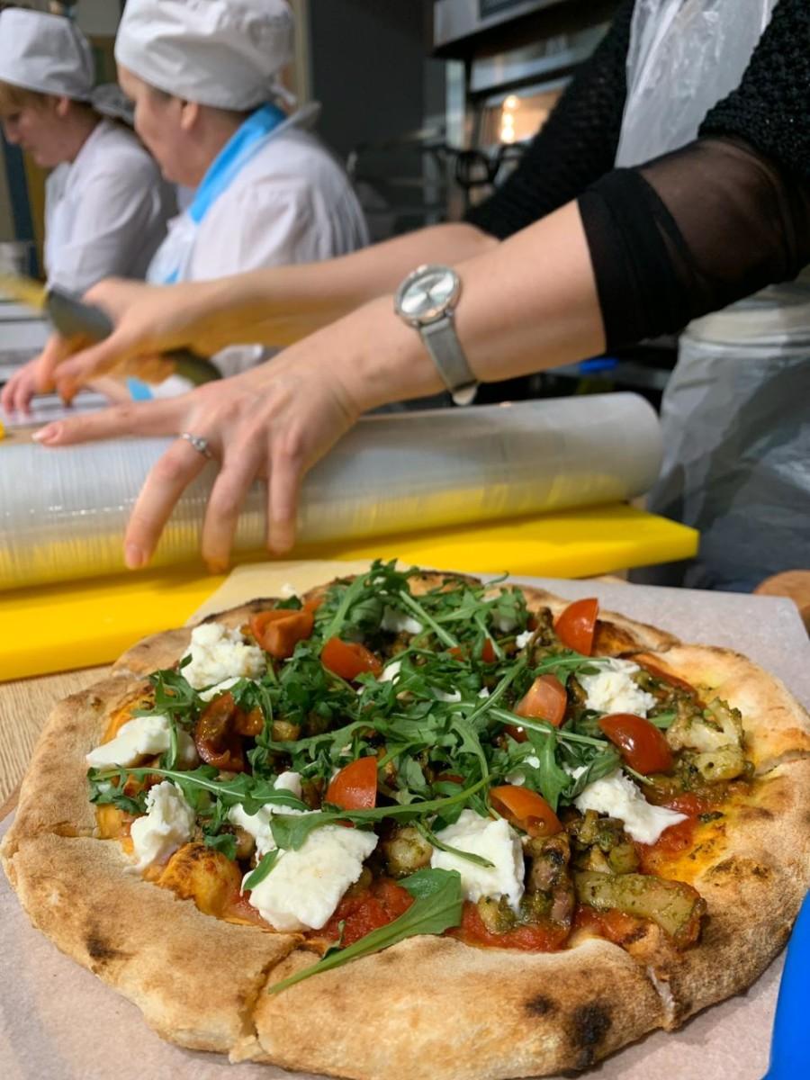 Выездное обучение по пицце
